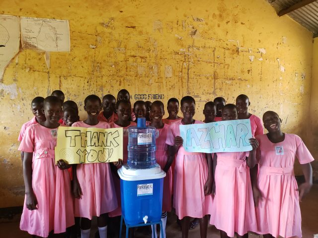 Ogobai Primary School Students thanking Azhar for his support of a classroom Water Filter